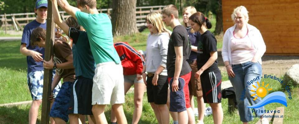Schulsport Teambildung und Motivationstraining
